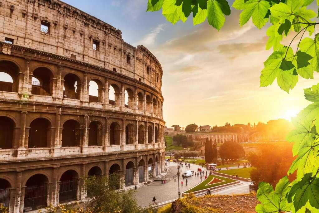 colosseum-at-sunset-in-rome-italy-1